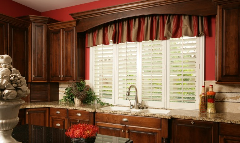 Indianapolis kitchen shutter and cornice valance