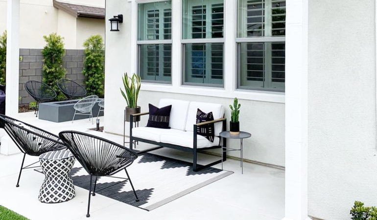 An outdoor with plantation shutters