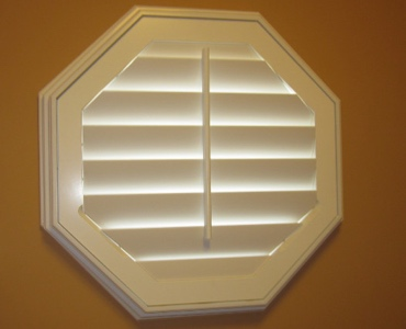 Indianapolis octagon window shutter